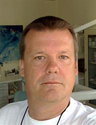 Herrn Dipl.-Stom. Holger Haubenreißer