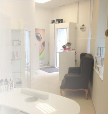 nagel und kosmetikstudio beauty clinic berlin kosmetik k rperpflege dienstleistungen rudow. Black Bedroom Furniture Sets. Home Design Ideas