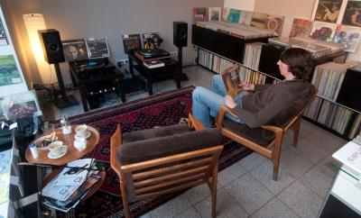 analogetontraeger tv hi fi film foto handel hersteller in frankfurt am main bornheim. Black Bedroom Furniture Sets. Home Design Ideas