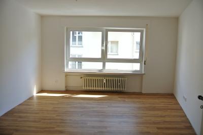 alexander kurz immobilien sachverst ndige gutachter in mainz kostheim ffnungszeiten. Black Bedroom Furniture Sets. Home Design Ideas
