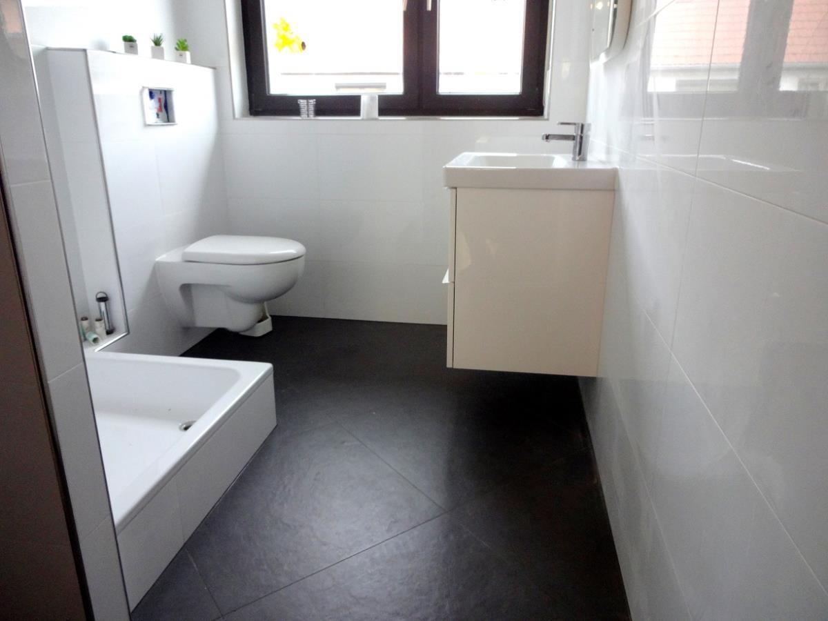 all tom fliesenverlegung trockenbau in eppelheim. Black Bedroom Furniture Sets. Home Design Ideas