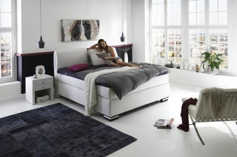 betten deluxe boxspringbetten und matratzen in. Black Bedroom Furniture Sets. Home Design Ideas