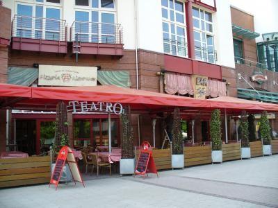 teatro restaurant italienische restaurants in oberhausen neue mitte ffnungszeiten. Black Bedroom Furniture Sets. Home Design Ideas