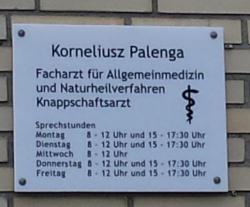 Korneliusz Palenga, Hausarzt