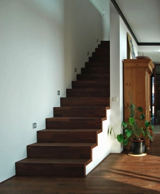 astrein gmbh holzwerkstatt in gie en gro en linden ffnungszeiten. Black Bedroom Furniture Sets. Home Design Ideas