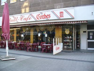 Cafe Hubert  Ef Bf Bdffnungszeiten