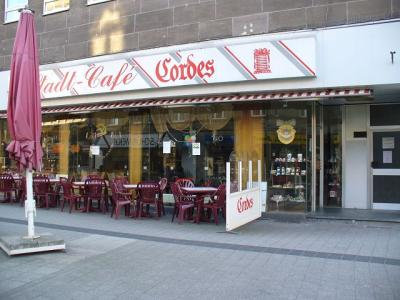 cordes hubert stadtcaf bars bistros cafes in oberhausen sterkrade mitte ffnungszeiten. Black Bedroom Furniture Sets. Home Design Ideas