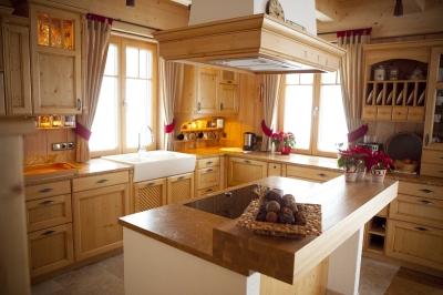 k che wohnen michael settele in tussenhausen zaisertshofen ffnungszeiten. Black Bedroom Furniture Sets. Home Design Ideas