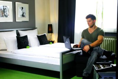 hotel friends d sseldorf stadtmitte ffnungszeiten. Black Bedroom Furniture Sets. Home Design Ideas