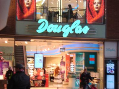 Douglas Hauptbahnhof Köln