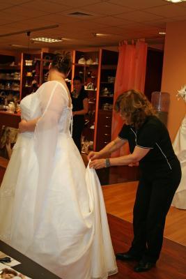Brautmoden Brilliant Gbr In Hannover Mitte Offnungszeiten