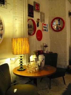 jil 39 s 50 70er jahre m bel in d sseldorf lierenfeld ffnungszeiten. Black Bedroom Furniture Sets. Home Design Ideas