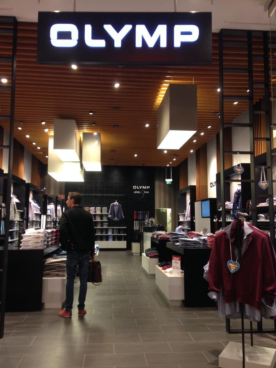 performance sportswear first rate closer at OLYMP Store ▷ in Berlin Mitte - Öffnungszeiten