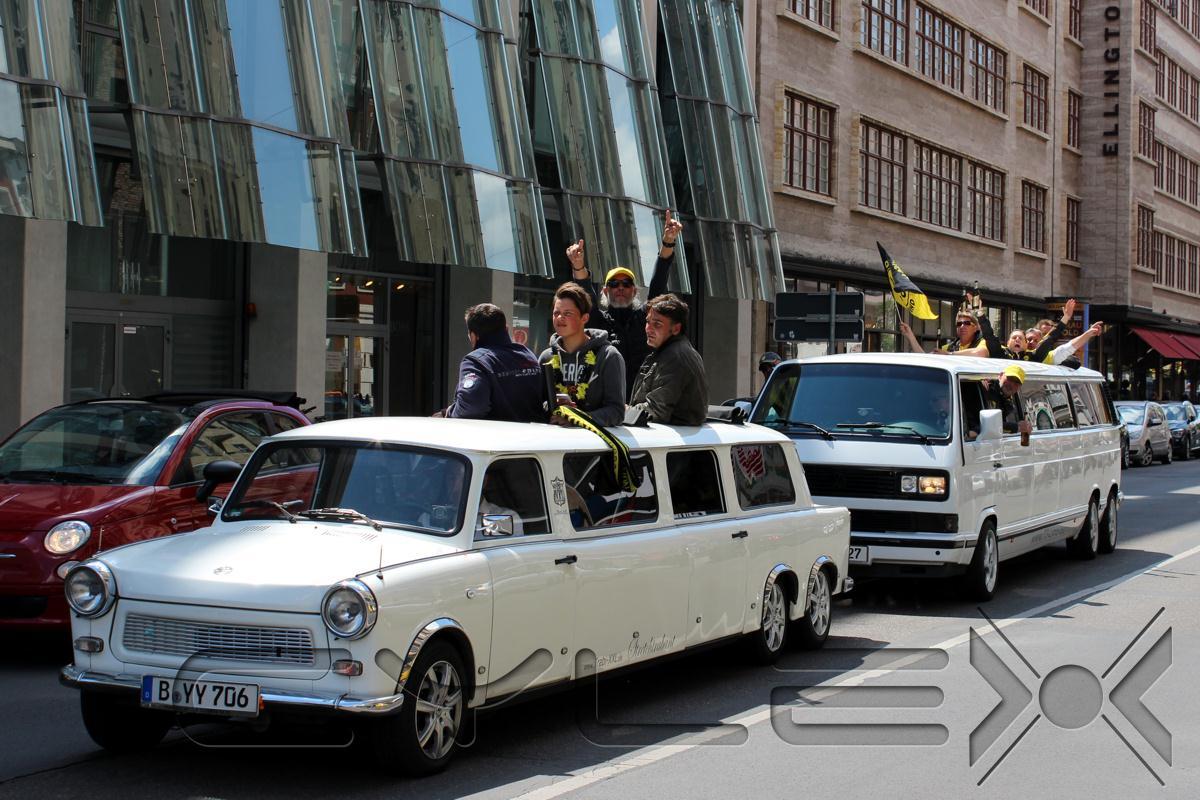 trabi xxl trabant stretchlimousinen in berlin steglitz zehlendorf ffnungszeiten. Black Bedroom Furniture Sets. Home Design Ideas